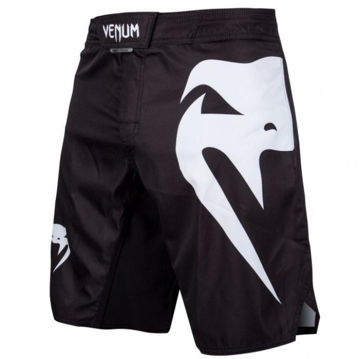 Шорты для MMA Venum Light 3.0 черно-белые