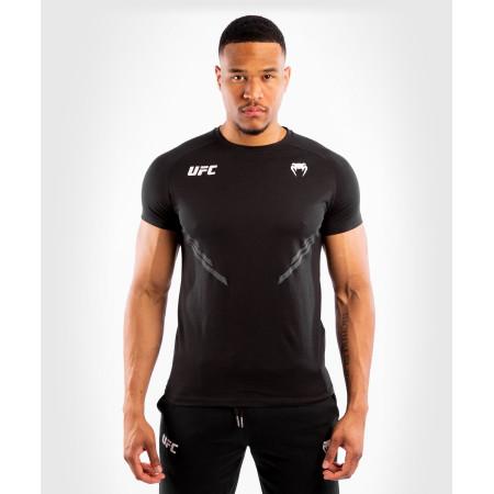 Venum UFC T-shirt Replica Черная